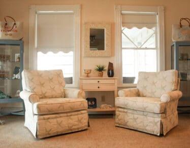 Lobby - chairs